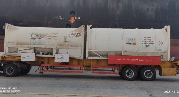 saudi Arabia send oxygen to india